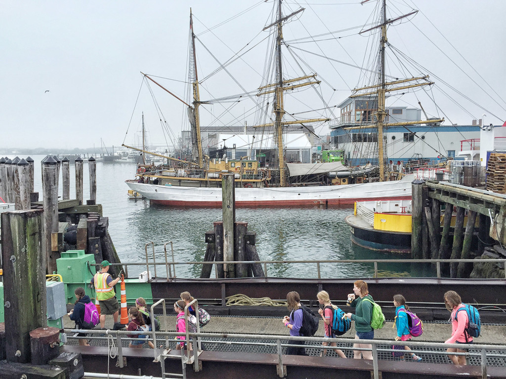 thousands throng portland u0026 39 s waterfront to tour tall ships