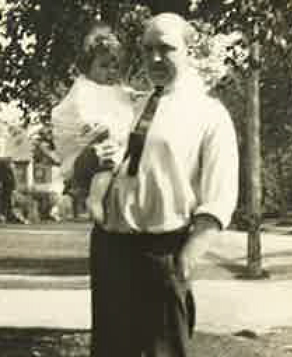 Eugene Thayer, mayor of Waterville in the early 1930s, seen here with his daughter, is the only mayor of the city to die while in office. A plaque dedicating the bridge on Gilman Street to the mayor, recently uncovered after missing for several decades, will be returned to the bridge Sept. 12.