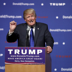 FILE - In this Aug. 19, 2015 file photo, Republican presidential candidate businessman Donald Trump speaks in Derry, N.H. Trump has until Sept. 30 to pledge to rule out a third-party run if he intends to appear on the South Carolina primary ballot. (AP Photo/Mary Schwalm, File)