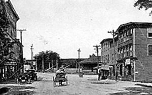 A horse-drawn wagon heads down Main Street in Oakland in 1905. At right is the Oakland Hotel, and other businesses, including a meat and grocery store, Cascade laundry and billiard hall, are in the photo. The town historical society is holding a walking tour through the town center Oct. 25 to raise money and generate interest.