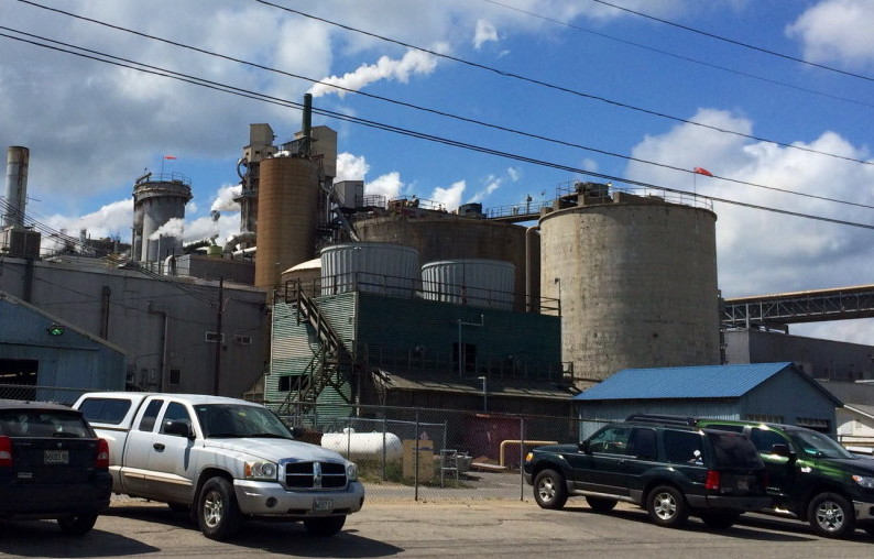 The Androscoggin Mill in Jay shut down the second of two machines over the weekend and has told about 300 workers their last day of work at the mill will be in mid-December.