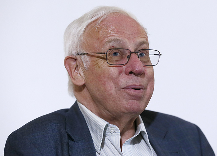 Tomas Lindahl speaks Wednesday at Britain's Francis Crick Institute where he is emeritus group leader and emeritus director of Cancer Research UK at Clare Hall Laboratory. Reuters