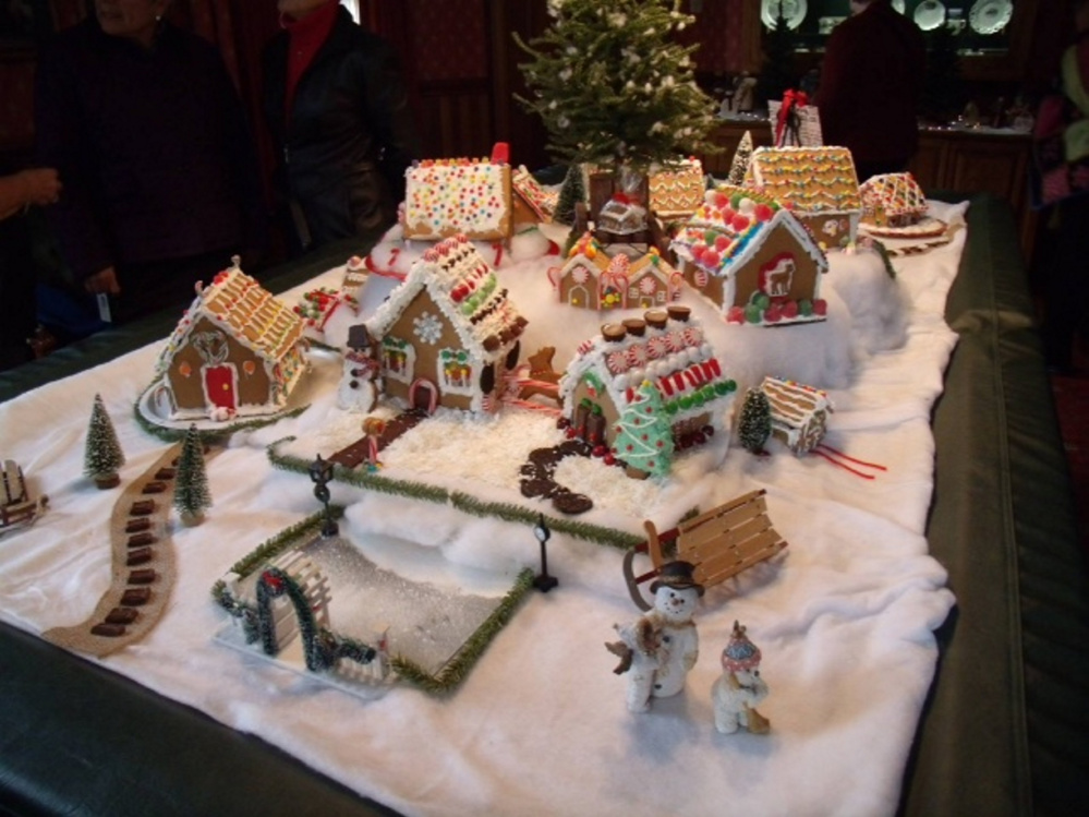The gingerbread houses were decorated by Kennebec Valley Garden Club members and their little helpers.