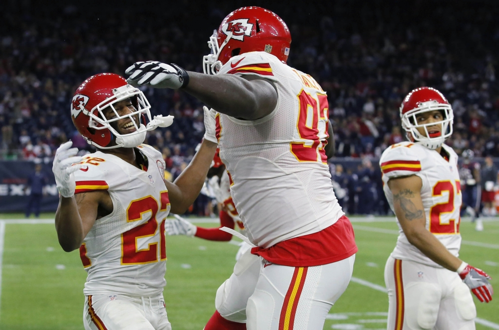 The Kansas City Chiefs, who have won 11 straight, play the Patriots on Saturday in Foxborough, Massachusetts. Last year, the Chiefs crushed the Patriots, 41-17, then it was 'on to Cincinnati.'.