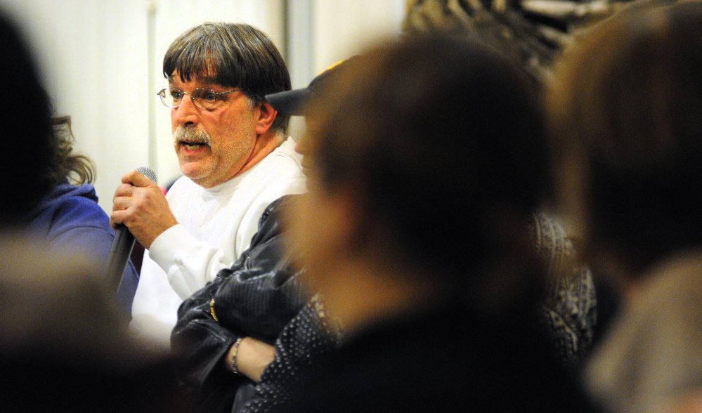 Bill White, a mental health worker for 13 years at Riverview Psychiatric Center, speaks Tuesday during a meeting at the University of Maine at Augusta.