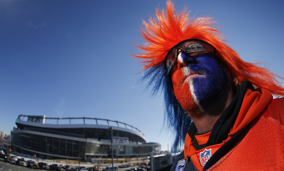 While there might be a few frightful things outside Mile High Stadium on Sunday, weather shouldn't be among them. It hit the 60s in Denver on Saturday, and while it will take a dip on Sunday for game day, fans and players can expect possible snow/rain late in the day – maybe in the second half – with temperatures in the 40s.