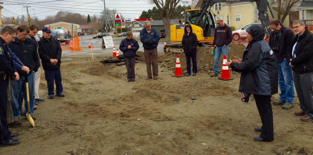 Oakland town officials gather Monday morning for a groundbreaking ceremony to mark the start of construction of a police station.