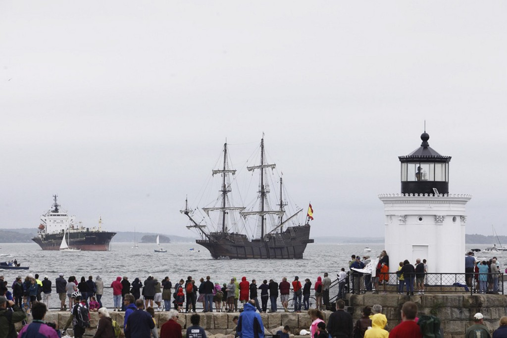 El Galeon makes its way past Bug Light Park on its last visit to Portland in July, 2015.