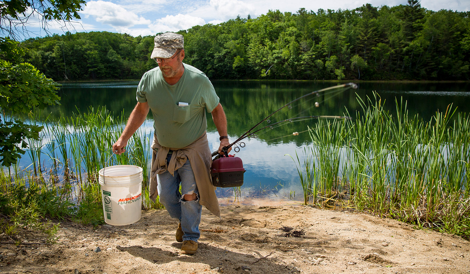 sebago lake dating site Fishing opportunities in the southern maine/sebago lake region more useful resources in this area: campgrounds/lodging , outfitters , guide services , outdoor gear , boat dealer and yards , information , and marinas.