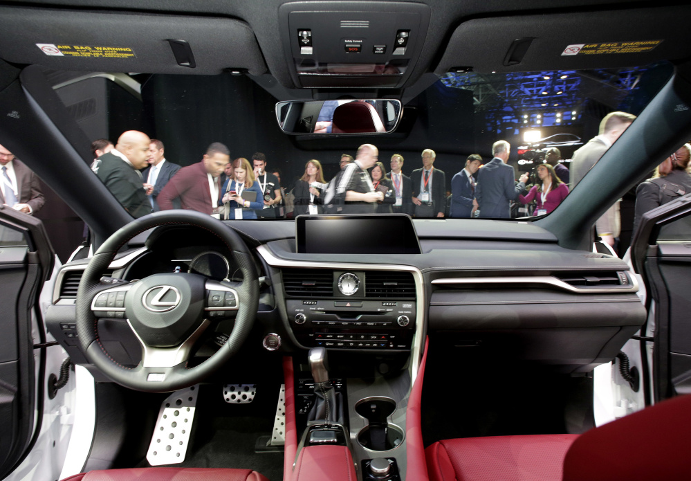 After being flooded with complaints, Lexus is trying to determine how many vehicles the software problem affected.