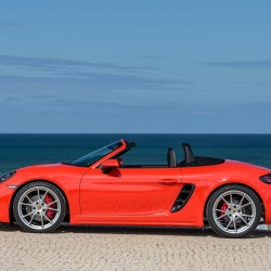 The 2017 Porsche 718 Boxster's new turbo flat four-cylinder engine comes with a peerless pedigree in Porsche handling and transmissions.