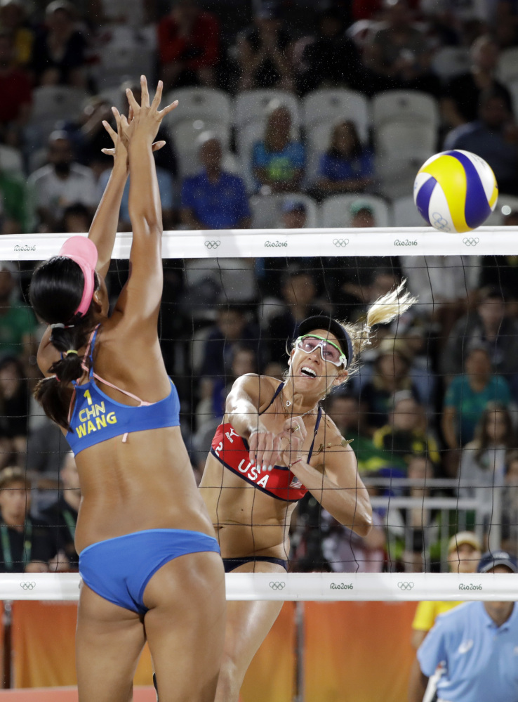 The Latest Fans 39 39 Zika 39 Taunts Baffle U S Beach Volleyball Player