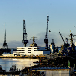 Bath Iron Works, Maine's fourth-largest employer, announced Thursday that it lost a lucrative Coast Guard contract to a Florida shipyard.