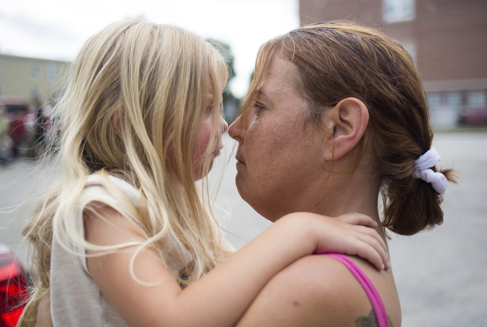 Arianna and Chrissy face off after Arianna was acting up outside of their new apartment. Arianna wanted to go play in the park, but Chrissy and Troy needed to talk to the landlord.