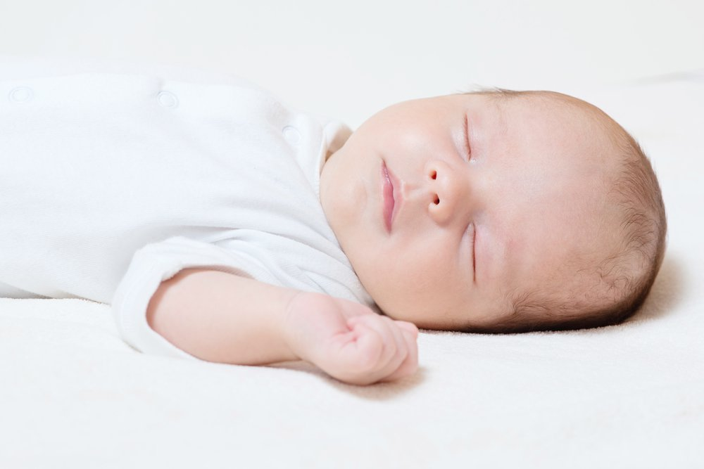 The new recommendations say babies should sleep on a separate surface, in a crib or bassinet, and never on something soft. <em>Shutterstock/Ventura</em>