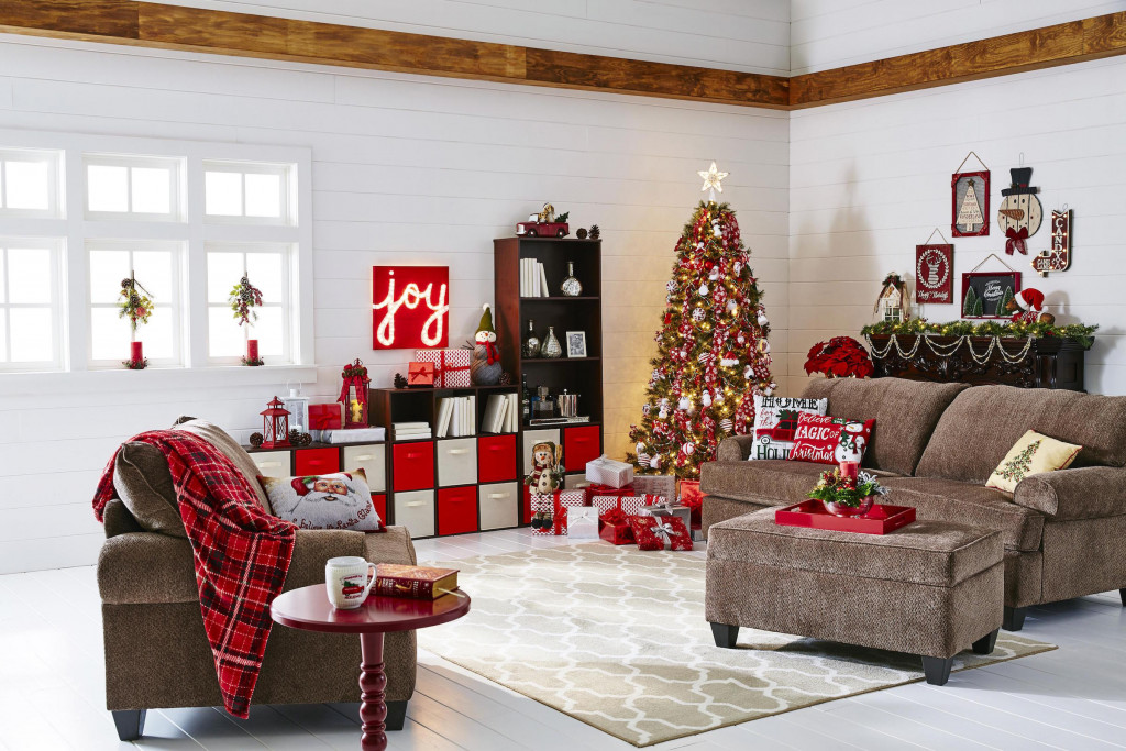 A room that sparkles with holiday spirit is sure to please guests.