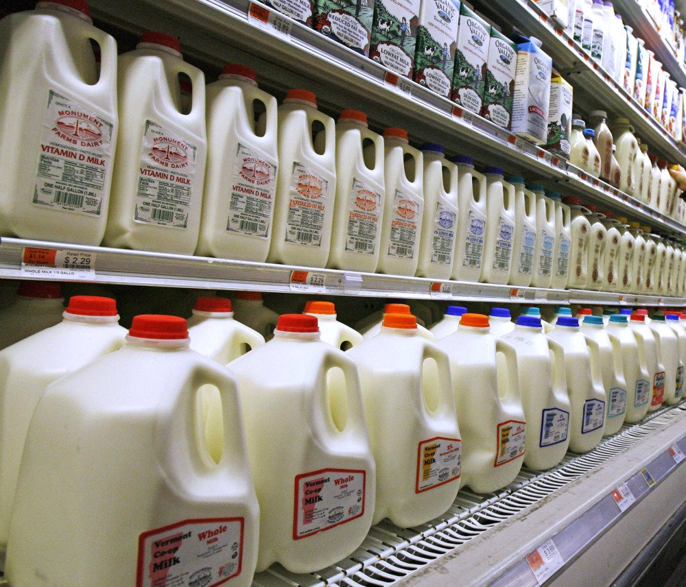 """U.S. Reps. Peter Welch, D-Vt., and Mike Simpson, R-Idaho, and other members of Congress believe the term """"milk"""" should apply to products from cows, not plants."""