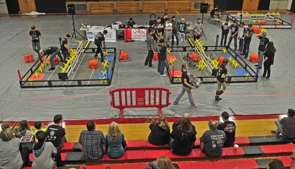 Students Robots Compete At Hall Dale High School In