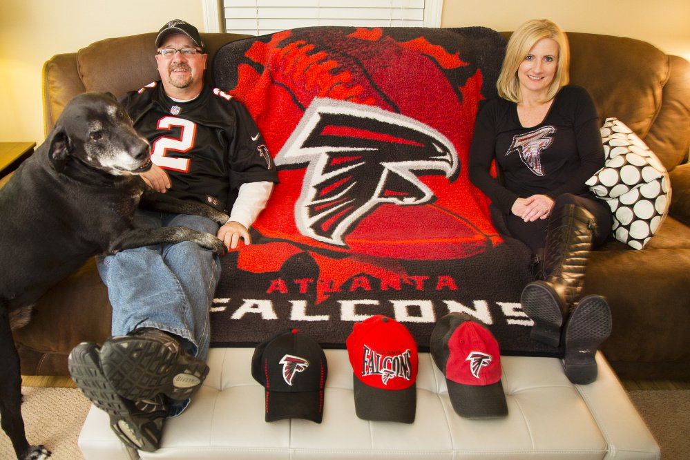 During Sunday's Super Bowl, Bernie and Lori Bean of Clinton – and maybe even their dog, Buddy – will be among the relative few in Maine who'll be rooting for the Atlanta Falcons over the Patriots.