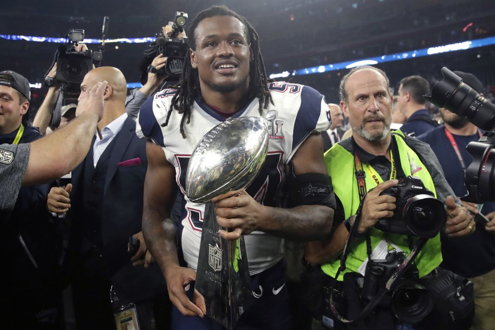 Dont'a Hightower is a must-keep free agent for the Patriots – a run-stopping linebacker and a proven big-time performer who made what may have been the most important play of Super Bowl LI.