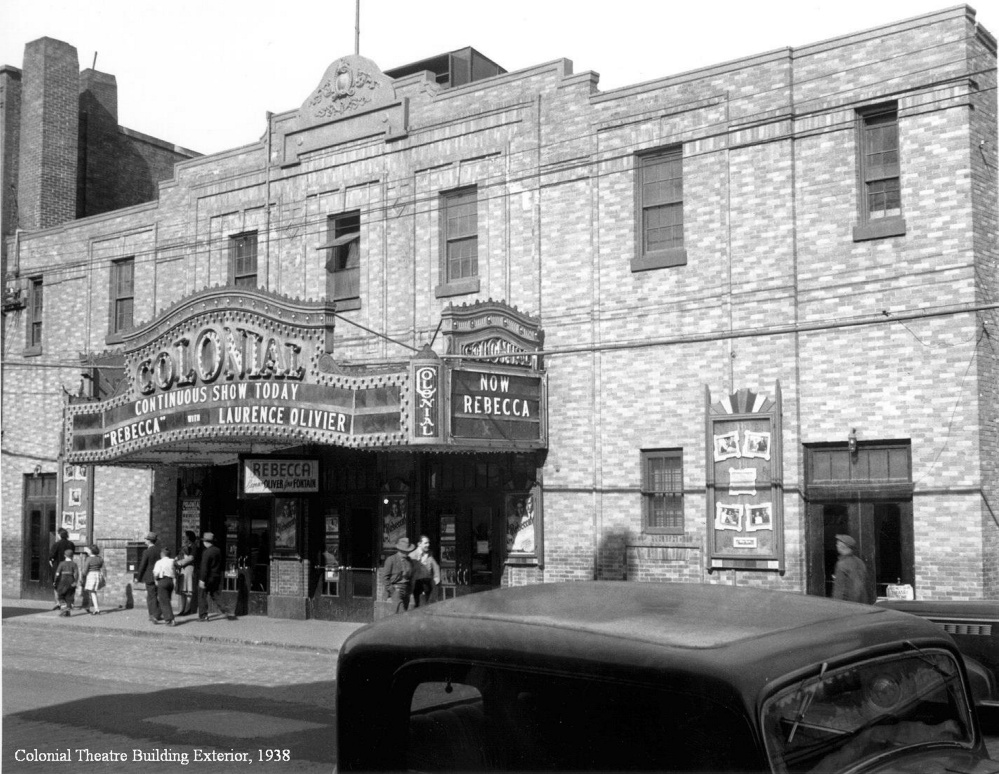The exterior of the Colonial Theatre on Water Street in downtown Augusta, circa 1940.