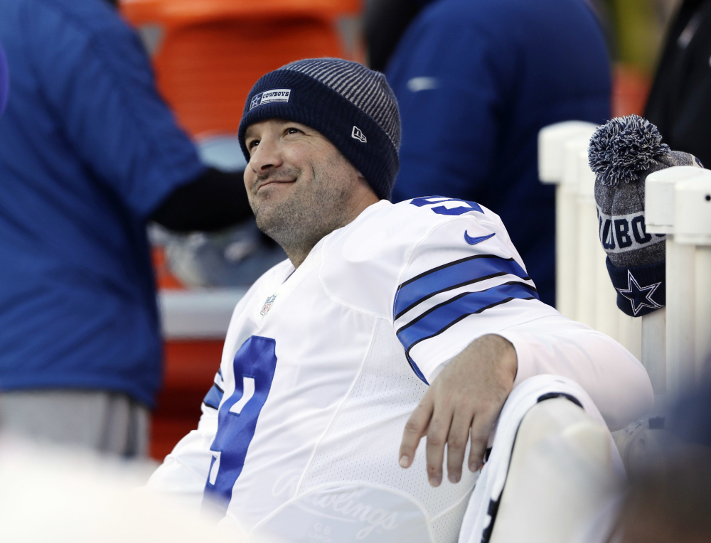 AP photo   In this Jan. 1 photo, Dallas quarterback Tony Romo smiles on the bench during the second half of a game against the Philadelphia Eagles in Philadelphia.