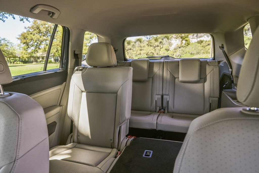 The 2018 Volkswagen Atlas has a roomy cabin, handsomely conservative looks and balanced performance.