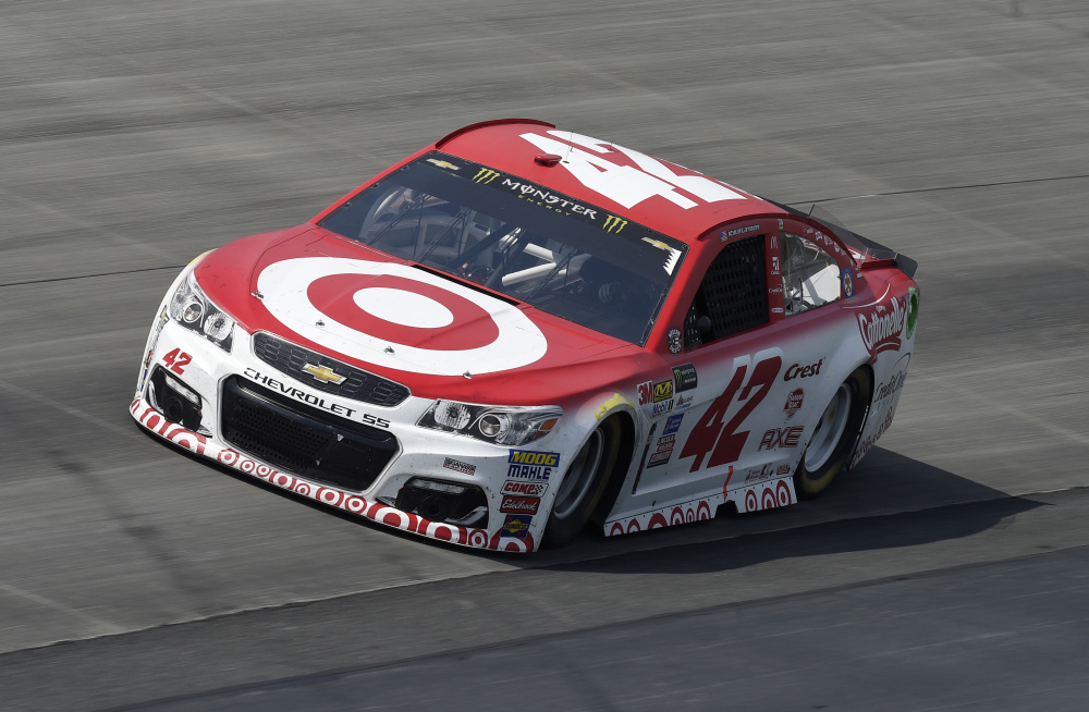 Kyle Larson Competes During The Race Sunday At Dover International Speedway  In Dover, Delaware.