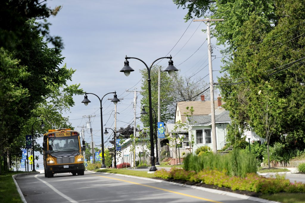 Neighborhoods near Maine Mall eager for attention as they