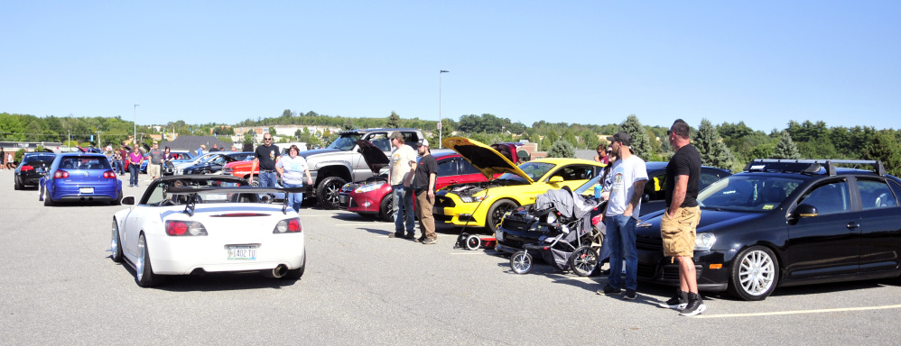Hundreds Gather At Augusta Car Show To Help Houston CentralMainecom - Civic center car show