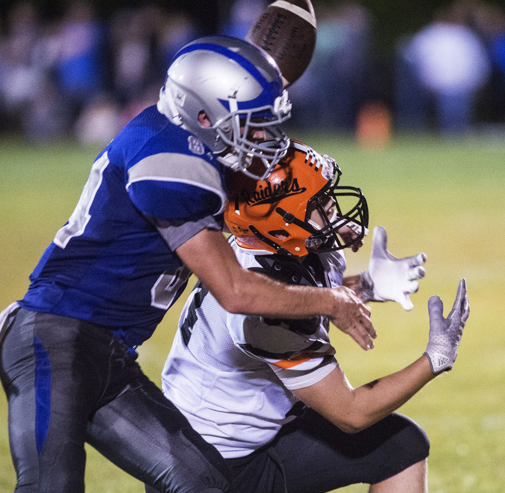 lawrence football pulls away from longtime rival winslow. Black Bedroom Furniture Sets. Home Design Ideas