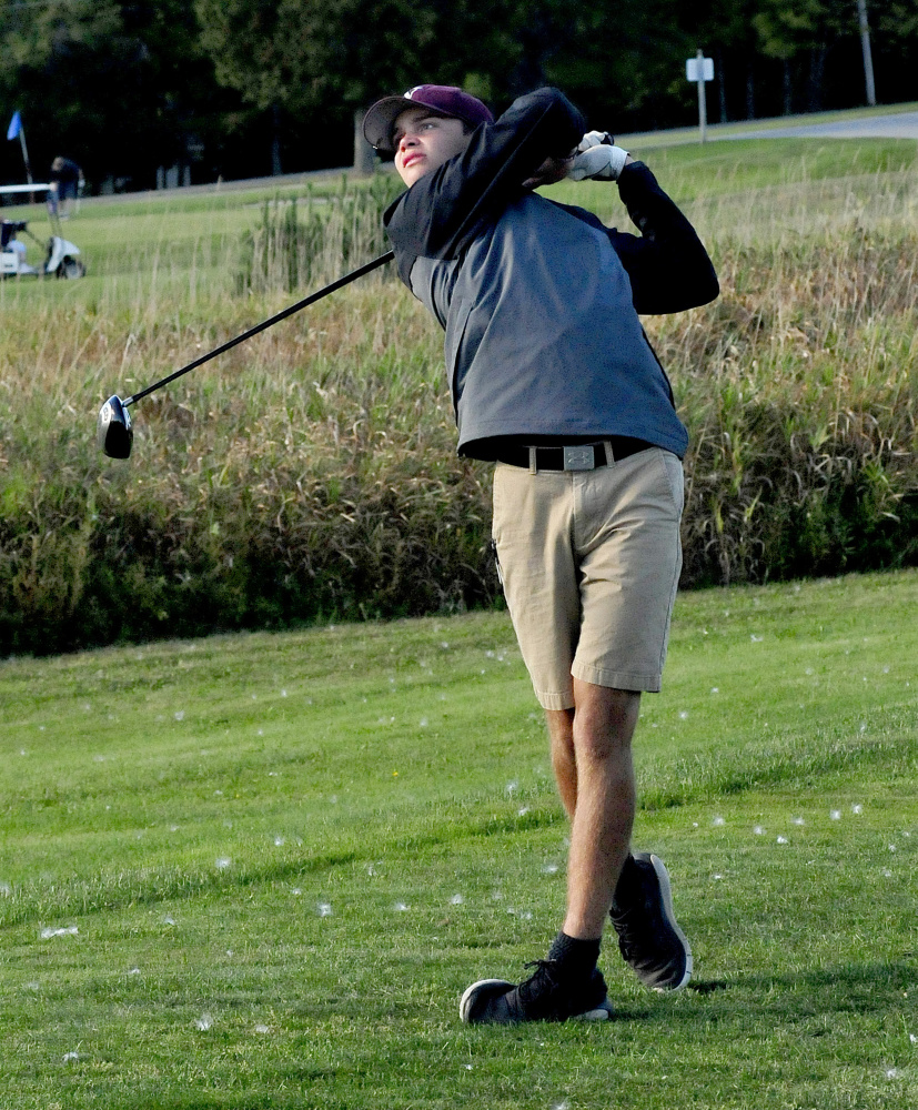 Nokomis senior Josh Smestad watches a tee shot during a practice last Thursday at Palmyra Golf Course.