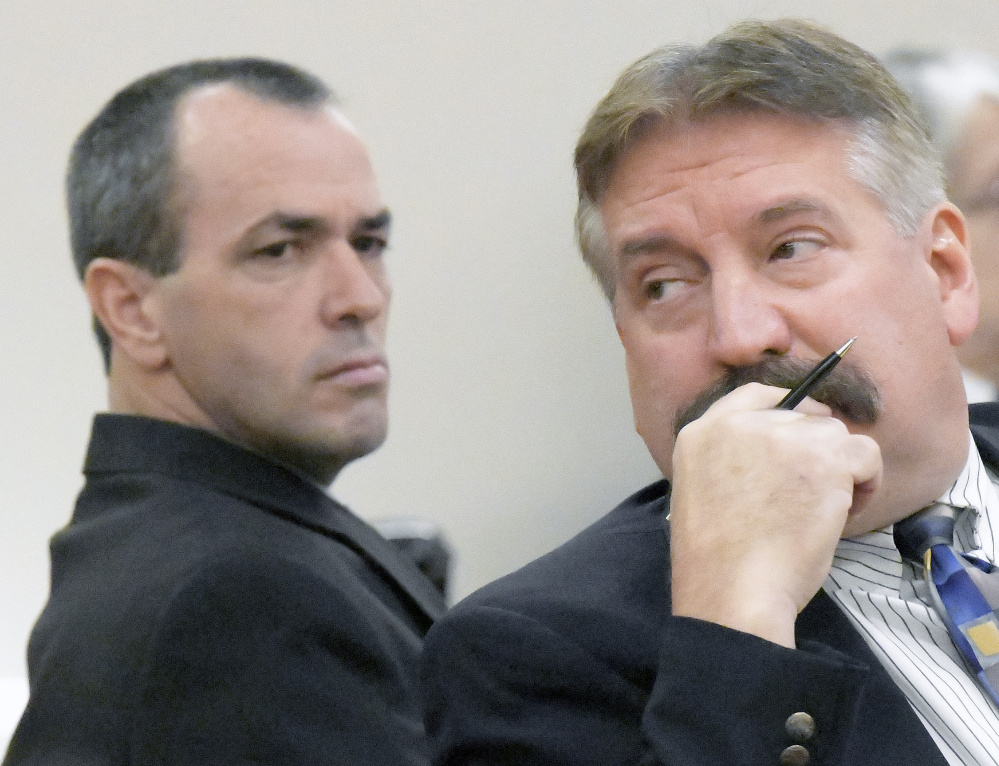 Defense attorney Richard Elliott, right, and Kenneth Hatch, left, during the trial in Lincoln County in 2017.