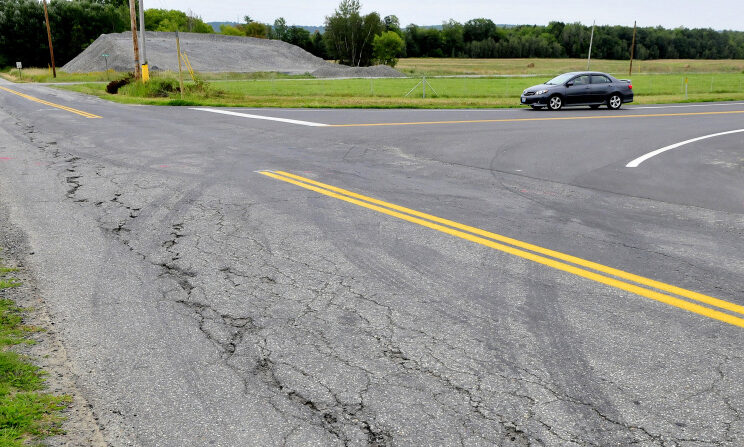 A motorist turns onto Trafton Road in Waterville from the new northbound exit ramp at Interstate 95's exit 124 on Aug. 30.