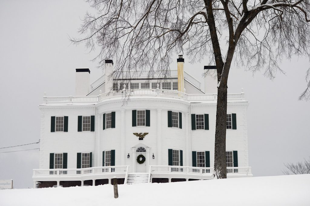 The 1929 re-creation of the original Montpelier, which was built in 1794, fell into disrepair and was demolished in 1871.