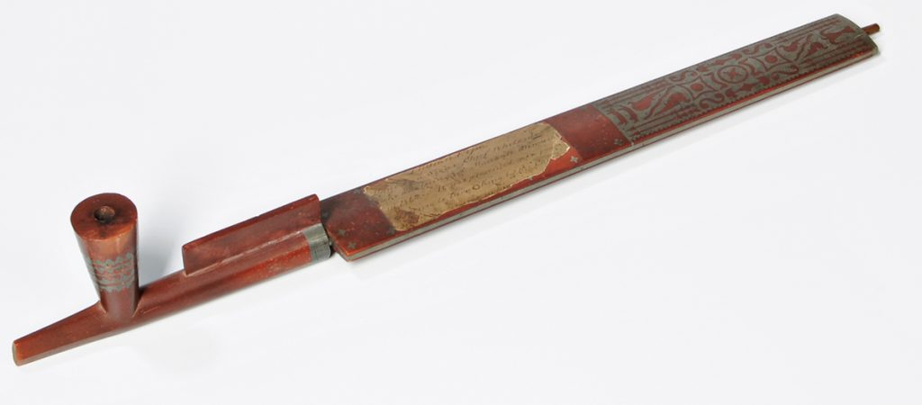 A clay pipe linked to the U.S.-Dakota War of 1862 is being returned to the Sioux people after being sold at an auction.