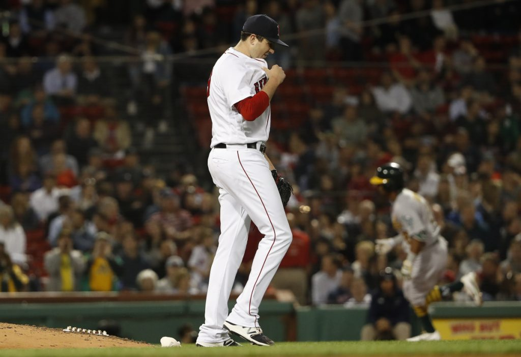 Red Sox P Carson Smith suffered injury in ridiculous way