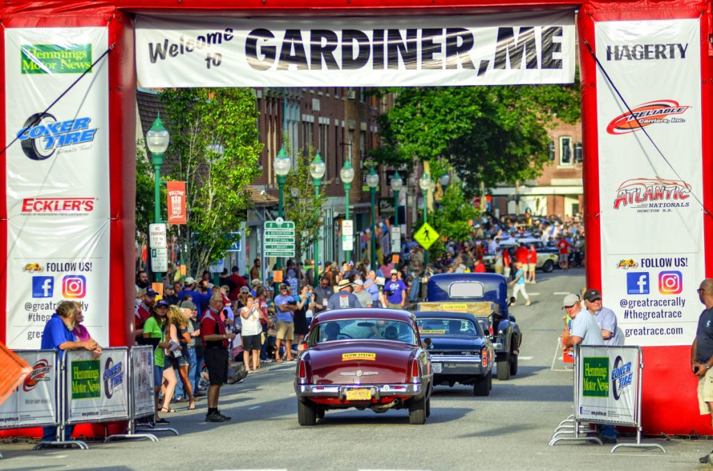 Great Race Of Antique Vintage Cars Arrives In Gardiner - Show me antique cars