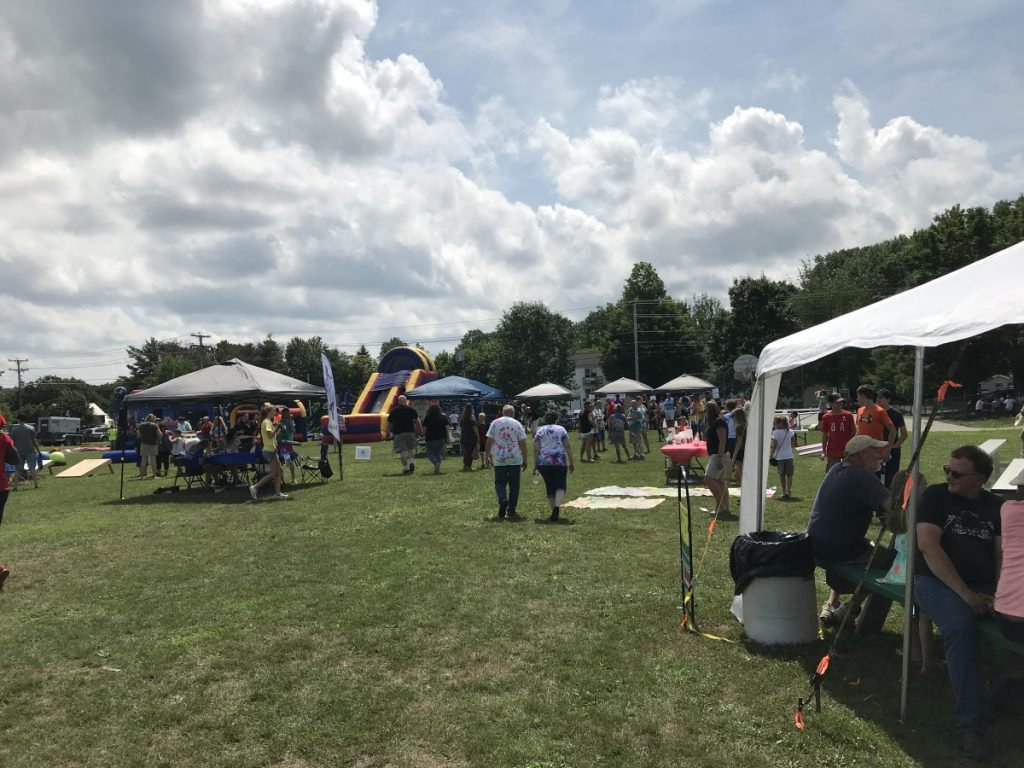 More than 60 vendors were on hand for the fourth annual OakFest held at the Williams Elementary School on Saturday.