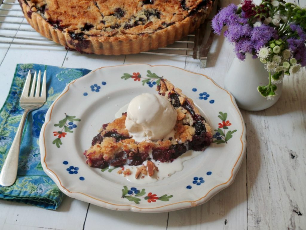 This recipe for Blueberry Streusel Tart serves 10 people.