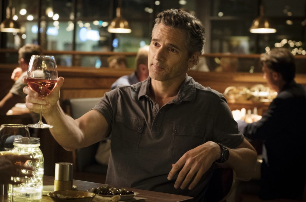 """Eric Bana plays John Meehan in a scene from """"Dirty John,"""" a series derived from the popular true crime podcast of the same name."""