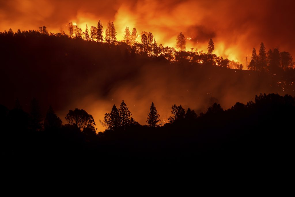 Death toll hits 25 from wildfires at both ends of California