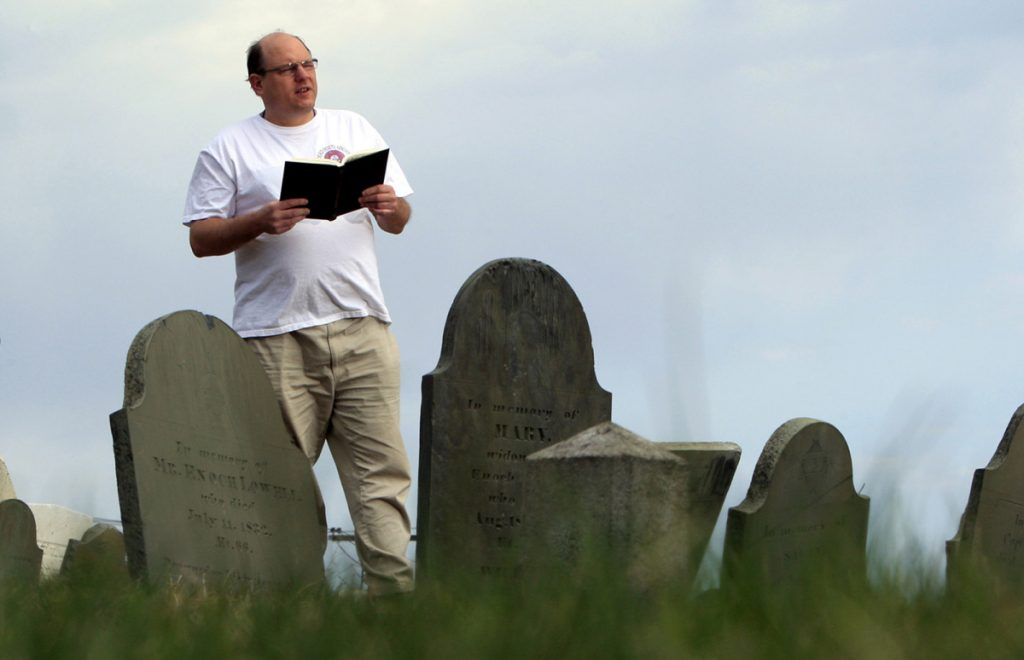 Walter Skold, then a Freeport resident, reads a Henry Wadsworth Longfellow poem in Eastern Cemetery in Portland in 2010. Before he died a year ago, Skold often marked occasions like his birthdays and holidays with a poem, but he never published his works, partly because he was plagued by self-doubt, his sons said.