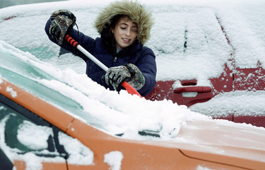 Snow And Freezing Rain Cause Crashes In Southern Maine Centralmaine Com