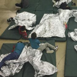 Immigration_Separating_Families_26364