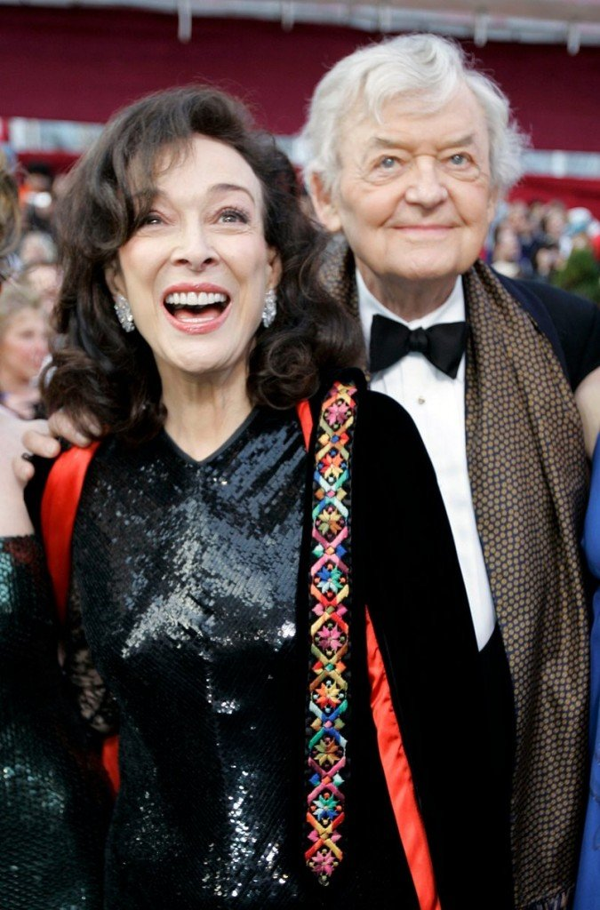 Dixie Carter and husband Hal Holbrook arrive at the Academy Awards in 2008.