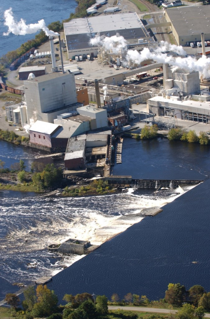 The fate of Maine's paper mills shouldn't be so connected to unfavorable trade agreements, readers say.