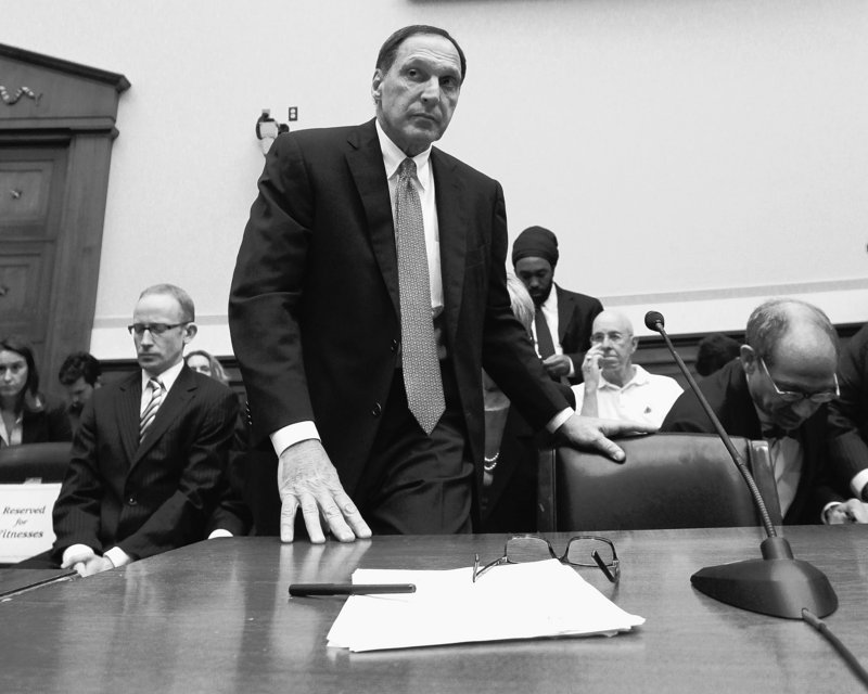 Richard Fuld, former CEO of Lehman Brothers, arrives to testify Tuesday before the House Financial Services Committee.