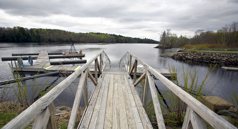 A state board will begin deliberating Thursday on two approaches to cleaning up landfills on the bank of the Penobscot River.