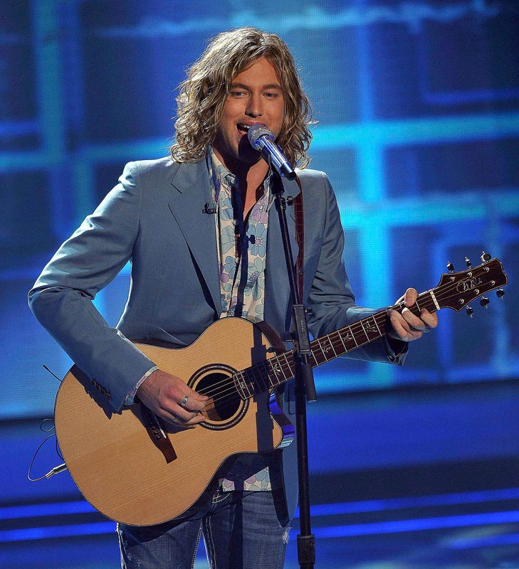 Contestant Casey James performs on